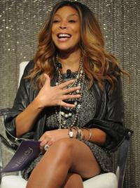 """Layered Wavy Ombre/2 Tone 20"""" New Wendy Williams Wigs"""